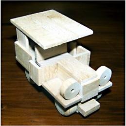 osobní auto se světly - dřevěný materiál na výrobu modelu