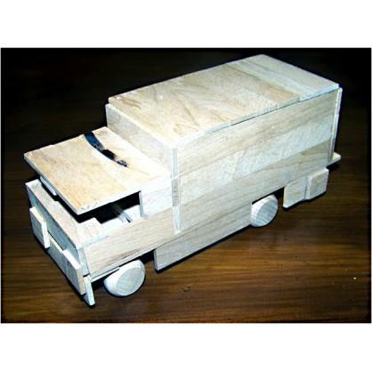 náklaďák skříňový - dřevěný materiál na výrobu modelů